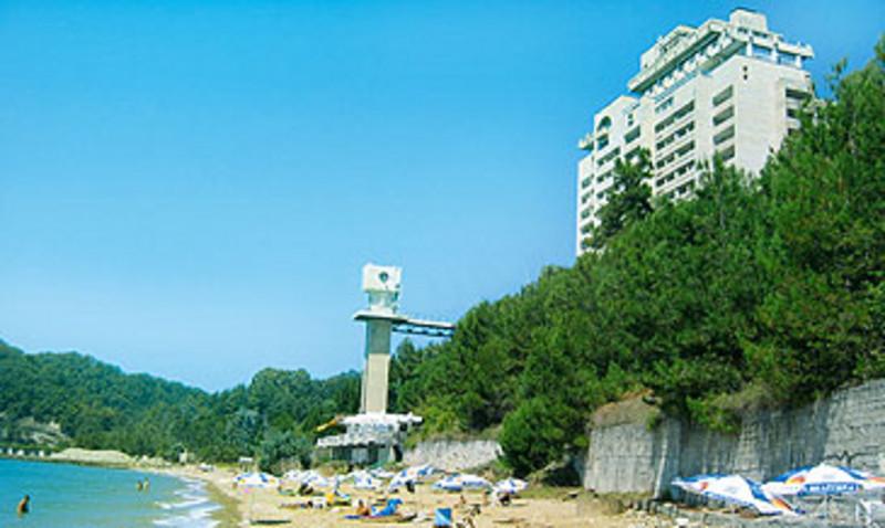 Пансионат литфонд пляж 75